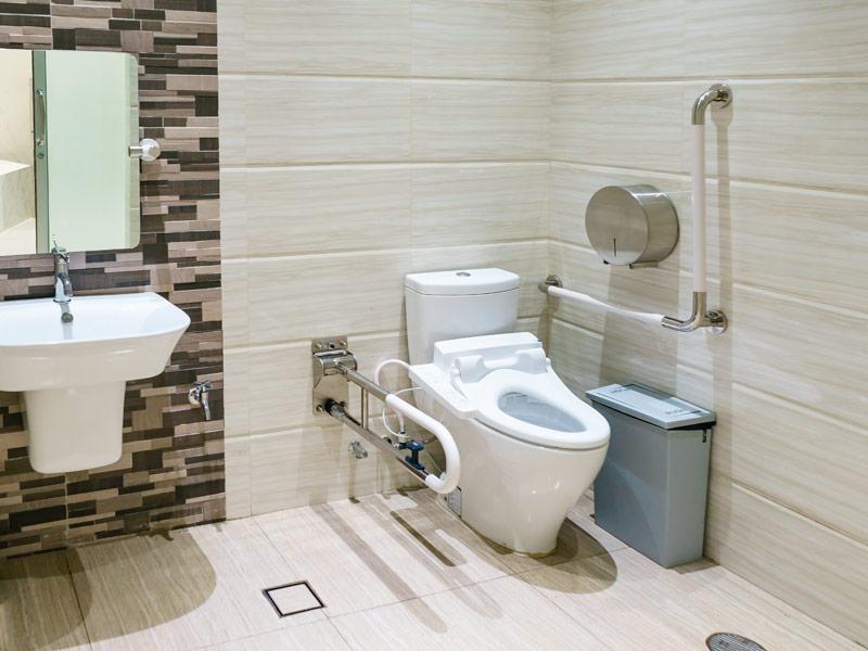 Equipamentos sanitários para pessoas com mobilidade condicionada